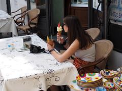 Ice cream passion (Franco & Lia) Tags: campania ravello street fotografiadistrada photographiederue ragazza girl gelato icecream costieraamalfitana stphotographia