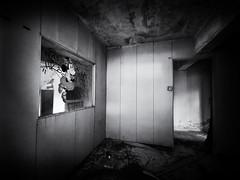 Minnie Mouse in Ma Wan (Feldore) Tags: hongkong mawan ma wan nursery school abandoned derelict hong kong sad feldore mchugh huawei p30 pro