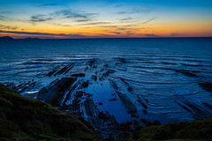 Baskenland0194Sopela (schulzharri) Tags: baskenland basque spanien spain espana bilbao reise travel strand beach meer ocean atlantik sonnenuntergang felsen rock water himmel wasser sky