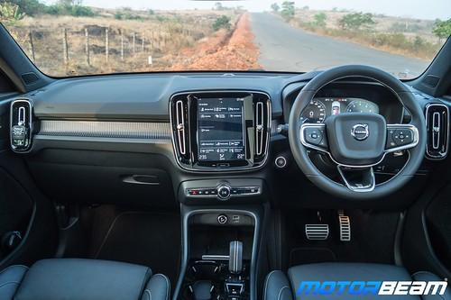 2020 Volvo XC40 T4-15