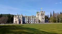 Anglų lietuvių žodynas. Žodis balmoral castle reiškia balmoral pilis lietuviškai.