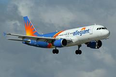 A320.N232NV (Airliners) Tags: allegiant allegiantair 320 a320 a320214 airbus airbus320 airbusa320 airbusa320214 fll n232nv 122519