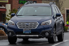2016 Subaru Outback (mlokren) Tags: 2020 car spotting photo photography photos pic picture pics pictures pacific northwest pnw pacnw oregon usa vehicle vehicles vehicular automobile automobiles automotive transportation outdoor outdoors fuji heavy industries subie 2016 subaru outback wagon crossover blue