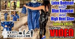 GalleryLRC35 (Tamara silkscarf) Tags: rainwear raincoat rainclothes vintagerainwear regenjacke regenjas agu agusport aguraincoat scarfqueen womenraincoat girlsraincoat