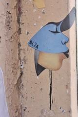 Bl2a_2407 passage des Abbesses Paris 18 (meuh1246) Tags: streetart paris bl2a passagedesabbesses paris18 buttemontmartre baiser