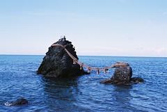二見輿玉神社 (Wakana K) Tags: 神社 shrine sea rock 岩 ise 海 伊勢 mie 夫婦岩 二見興玉神社