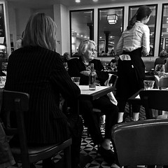 a thoughtful woman (j.p.yef) Tags: peterfey jpyef yef woman women coffeehouse café restaurant bw sw monochrome people square iphone