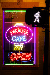 Walk over to paradise (sniggie) Tags: vietnamesecuisine neonsign neonsignage pho sign signage walksign