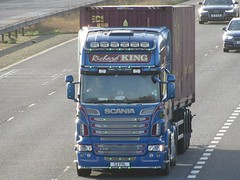 Richard King Transport, Scania R620 (S2FHL) On The M62 Eastbound (Gary Chatterton 8 million Views) Tags: richardkingtransport scaniatrucks scaniar620 s2fhl shippingcontainer trucking wagon lorry haulage distribution logistics transport motorway flickr canonpowershotsx430 photography