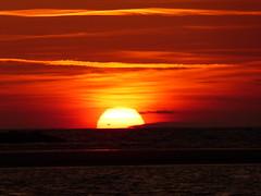 Cubelles térmica Gen 2020 (2) (calafellvalo) Tags: cubellesmarseatermicacontraluzcalafellvalo cubelles térmica mar sea calafellvalo contraluz sunset enero2020 vesprada puesta garraf