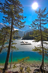 Eibsee (holdinghausenm) Tags: bayern bavaria upperbavaria oberbayern eibsee lake lago zugspitze garmisch natur landschaft landscape national coth coth5 outside travel hiking snow ice schnee winter inverno season hiver photopassion sunnyday berge mountains montagna monte monti