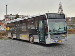 NLD Qbuzz 3139 ● Groningen Station (Roderik-D) Tags: qbuzz31003301 3139 bxfs55 groningenstation 2009 dieselbus euro5 mercedesbenz citaro2 o530ü savas bege überlandbus streekbus 2axle 2doors