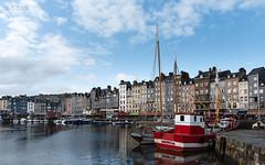 Honfleur - 02 (Sohmi ︎) Tags: honfleur normandie boat bateaux lisieux centreville travel citycenter sohmi nikond810 tamronsp2470mm ©sohmi