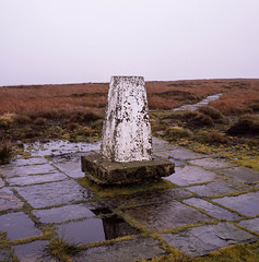 Brown Knoll (ronet) Tags: fujifilm hasselblad500cm provia100f brownknoll film hasselblad mediumformat peakdistrict provia scanned trigpoint