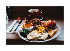 Full English Breakfast (gerritdevinck) Tags: breakfast englishbreakfast uk london lovelycity lovelondon city citylife foodanddrink foodphotography food foodfotografie travel travelphotography fujifilm fujifilmxseries fujifilmphotography fujifilmxpro2 xseries xpro2 xf35mmf2 xf35mm
