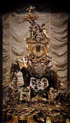 The Elephant Riders (6079 Jones, P) Tags: waddesdonmanor nationaltrust aylesbury buckinghamshire statelyhome manorhouse rothschild display art canoneos77d canonefs1855mmiii kitlens standardzoom img0482 musicbox musical automaton marvellous elephant hubertmartinet clockwork movement bronze