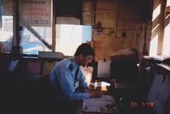 IMG_1876 (Ian Razey) Tags: england brentford middlesex greaterlondon hertzcarsales harlequinavenue