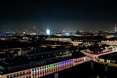 KPMK1632_2019_12_13_1-8 Sek. bei f - 2,8_24 mm_ISO 2500 (Markus Kolar braucht kein Photoshop...aber Licht) Tags: 2019 architektur city wein httpmarkuskolarblogspotde pentaxkp wwwregensburgphotographiede österreich