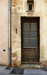 pas de publicité S.V.P (fotomie2009) Tags: arles provenza provence france francia porta door windows finestra 24 numero number pluviale tubo finestrella decay decadenza