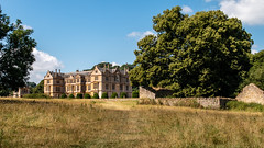 Montacute House, Somerset (Keith now in Wiltshire) Tags: montacute house mansion nationaltrust building architecture listed gradei country estate grass tree wall landscape somerset
