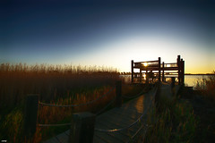 El mirador (candi...) Tags: mirador miradordelesolles hombre laguna contraluz sol amanecer cielo naturaleza nature