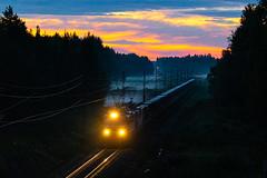 T5012 at midnight (Arttu Uusitalo) Tags: vr finnishrailways sr1 electric locomotive freight train t5012 summer midnight dusk sundown colorful sky twilight south ostrobothnia jalasjärvi finland sunset july canon eos 5d mkiv