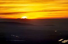 Soleil Canigou vu du Luberon 08/01/2020 (bruno Carrias) Tags: canigou lauris luberon capdeserre vaucluse pyrénéesorientales sunset soleil provence provencealpescôtedazur