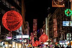 KPMK1617_2019_12_13_1-30 Sek. bei f - 2,8_70 mm_ISO 1000 (Markus Kolar braucht kein Photoshop...aber Licht) Tags: 2019 architektur city wein httpmarkuskolarblogspotde pentaxkp wwwregensburgphotographiede österreich