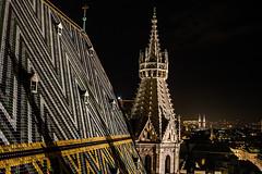 KPMK1621_2019_12_13_1-8 Sek. bei f - 2,8_24 mm_ISO 2500 (Markus Kolar braucht kein Photoshop...aber Licht) Tags: 2019 architektur city wein httpmarkuskolarblogspotde pentaxkp wwwregensburgphotographiede österreich