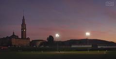 El juego / The game (Jose Antonio. 62) Tags: spain españa asturias gijón universidadlaboral game juego baseball dusk atardecer