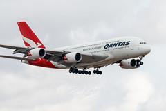 Qantas Airbus A830-8 on approach to DFW Airport (RaulCano82) Tags: spiritofaustralia australia spirit qantas qf kdfw dfw syd sydney vhoqe kangaroo airbus heavy giant megaplane avgeek a380 a380800 a388 raulcano canon 80d canon80d airplane airliner qantasairlines texas dallas tx dallastexas dtx