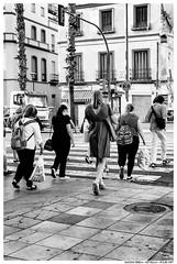 - - (Matías Brëa) Tags: calle street photography social documentary documentalismo personas people gente blanco y negro black white bnw mono monochrome monocromo