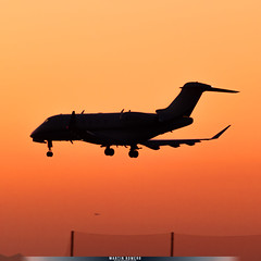 N742QS (M.R. Aviation Photography) Tags: lax los angeles california united states sunset bombardier challenger 300 n742qs