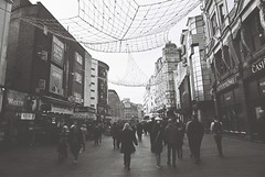 Leicester Square (goodfella2459) Tags: nikonf4 ilfordhp5plus400 35mm blackandwhite film city london leicestersquare people pedestrians streets buildings bwfp