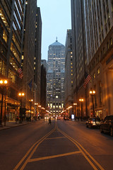LaSalle Street (Flint Foto Factory) Tags: chicago illinois urban city winter january 2020 downtown loop old boardoftrade building ceres statue atop lasalle monroe intersection pm evening rushhour dusk street canyon workday beingthere