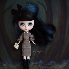 Locks 🔒 (pure_embers) Tags: pure embers blythe doll dolls laura england uk custom gbaby miss daphne missdaphne missd takara neo hair black teal mohair reroot girl photography beautiful portrait keys locks story yunashop