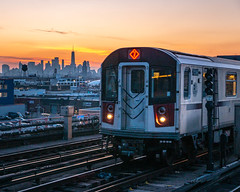 7 Train at Sunset (bcpearce0) Tags: queens nyc subway newyork rail manhattan buildings sunset newyorkcity urban architecture cityscape skyscraper skyline trains railroad