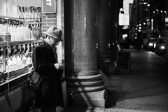 D04_2602 (drkotaku) Tags: newyorkcity manhattan photography streetphotography nikon nikond4 nikonafsnikkor2470f28ged bw blackandwhite blackandwhitephotography