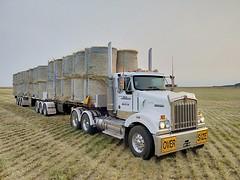 Showtime (nanlrider) Tags: kenworth t404 cat c15 tasmania australia truck bdouble hay oversize mclaren silly season