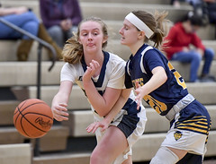 DSC_2671 (K.M. Klemencic) Tags: hudson high school lady explorers tallmadge devils girls basketball ohio ohsaa suburban league