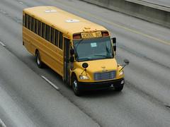 ex-Fayetteville-Manlius Central School District 276 (cincinnatinkybuses) Tags: 2009 thomas saftliner c2