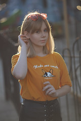 Canon EF 135 mm f / 2.8 SoftFocus (Саня Надеев) Tags: camera flash canon ef 135 28 softfocus eos 5d backlight sunset girl headphones beauty light color soft focus citiscape uptown キヤノン135ミリメートルのf キヤノン 女の子 캐논 마크 렌즈 citi scape people portrait city landscape megalopolis skin street view rays pomade beautiful grille lace finishing home paving stone road awesome followme love summer instadaily canonef135mmf28withsoftfocus nadeevsanya blurry bestportraitsaoi classic canon5dclassic canon5d