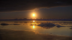 Bubbles and Sand (Michael F. Nyiri) Tags: sunset beach hollywoodriviera pacificocean southerncalifornia