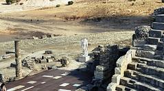 Segobriga 7 (alvaro31416) Tags: teatro romano ruinas segobriga arqueologia cuenca estatua columna escultura