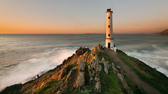 Sunset (Noa Táboas) Tags: faro light lighthouse sunset atardecer costa rocas rocks sea mar sun sol landscape paisaje olas waves galicia cangas cabo cabohome photography