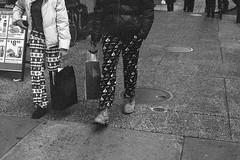 Holiday Pajamas (Taomeister) Tags: leicam6ttl summicronm50mmf2v ilfordhp5 philadelphia asa800