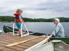 Derek Carroll (andyscamera) Tags: canada dad haliburtoncounty lakekennisis michaelsfamilyatthecottage ontario scheurwatercarroll andyscamera boats canoe cottage family lake