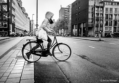 Dutch (Bart van Hofwegen) Tags: dutch netherlands amsterdam bicycle bike traffic street streetphotography city citystreet citylife citypeople citytraffic urban urbanphotography urbanlife crossing monochrome blackandwhite