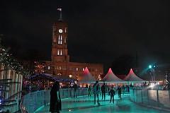 Ice skating at the Rotes Rathaus (rob.brink) Tags: berlin weihnachten weihnachtsmarkt germany deutschland night evening christmas market gluhwein ice skating skate ferris wheel