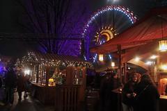 Enjoying the gluhwein a bit (rob.brink) Tags: berlin weihnachten weihnachtsmarkt germany deutschland night evening christmas market gluhwein ice skating skate ferris wheel